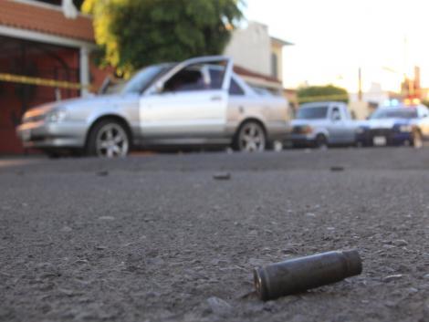 Familia de joven asesinado en Durango traslada cuerpo a Culiacán