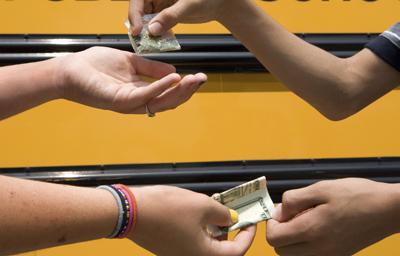 Resultado de imagen para Niña de 11 años vendía droga