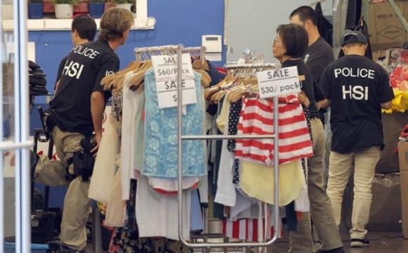 Mercado de ropa y juguetes, la nueva operación de los cárteles mexicanos