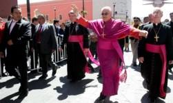 Siempre no: Obispos retiran apertura hacia gays