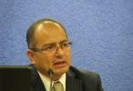 Atentan contra académico Ernesto Villanueva dentro de la UNAM