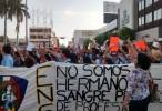 Toman la Obregón en protesta por desaparecidos de Ayotzinapa