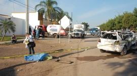 Atropella policía estatal a empleado de Gas Express Nieto