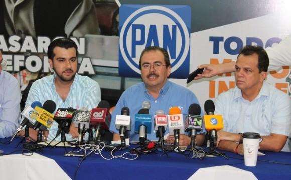 Rechaza Zenén Xóchihua ser dueño de 12 casas con valor de 23 millones