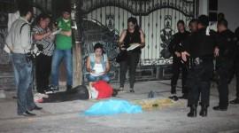 Un joven muerto y dos más heridos al chocar en persecución policiaca