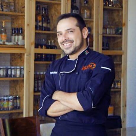 Victor Uribe. El artista de la cocina.