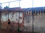 Atacan y roban exposición de Rosa María Robles