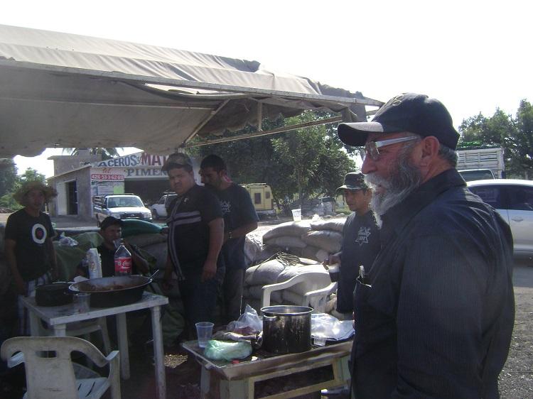 Michoacán: la vida detrás de las barricadas
