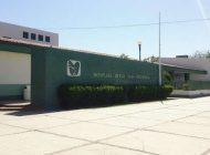 Trabajadores de Hospital Rural de El Fuerte se manifiestan; investigará IMSS