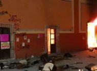 Queman Ayuntamiento de Fresnillo por feminicidio de Sofía Alejandra